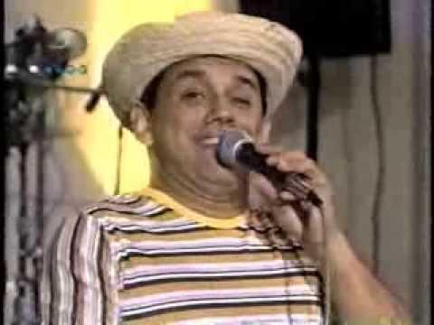 Emilio Lovera Imita A Gualberto Ibarreto, Reynaldo Armas Y Serenata Guayanesa. video