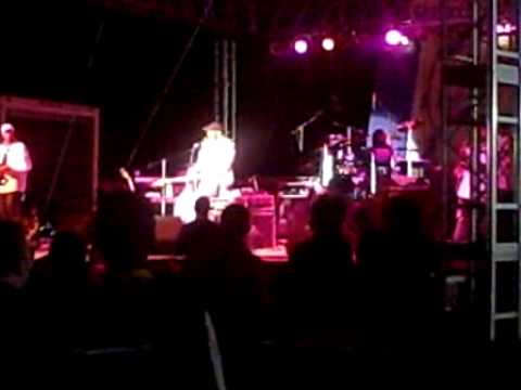 Wayman Tisdale at The Seabreeze Jazz Festival joined on stage with Will Downing Apr 2009