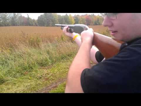 Shooting the Winchester Model 12 1961 Shotgun