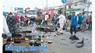 B,ắt Tài xế xe Container đâm hành loạt xe máy ở Long An