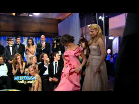2011 Golden Globes: Laugh It Up With The Cast Of Glee video