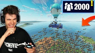 PLAYING FORTNITE WITH 2,000 PEOPLE... (Accepting 2,000 Friend Requests)
