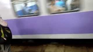 Mumbai Local Train || Empty Late Night Churchgate Fast Local Arriving At Andheri Station
