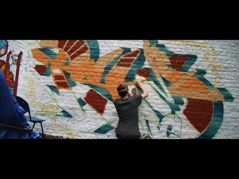 Graff sur mur // Graffiti wall bombing session « PSYM one » (montana 94) HD 1080p