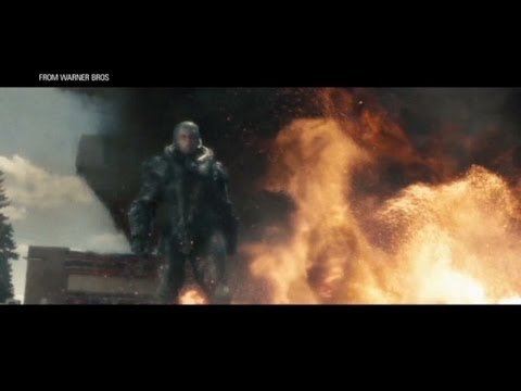 "New ""Man of Steel"" trailer"