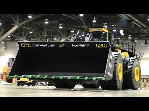 The biggest heavy equipment in the World.