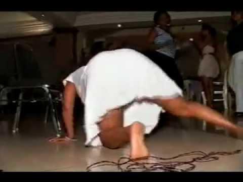 Kanga Moko Ndembendembe video
