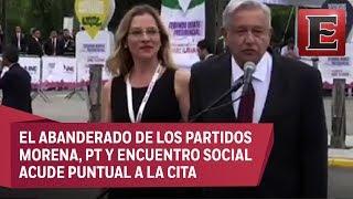 López Obrador llega a campus universitario previo a debate en Tijuana