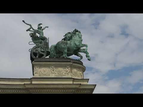 Hösök Tere (Praça dos Herois) Budapest Hungria