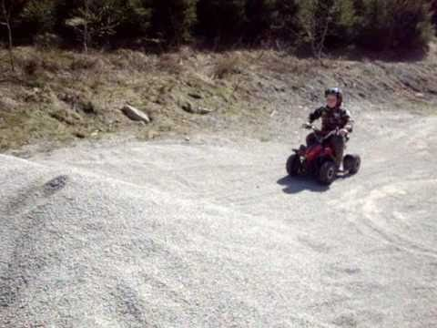 mini atv quad 49ccm kinderquad test youtube. Black Bedroom Furniture Sets. Home Design Ideas