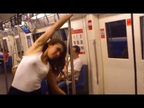 [Cool] Sexy Pole Dance in Bangkok Public Train