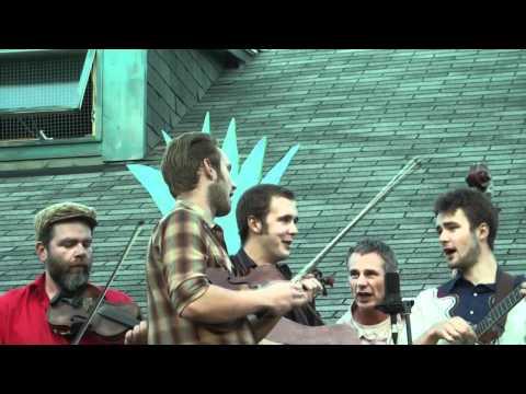 Kitgut Stringband - Rich Gal Blues @ Island Cafe on Ward's Island