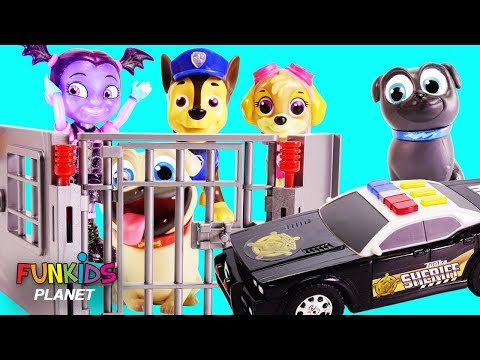 Puppy Dog Pals and Vampirina with the Police Car