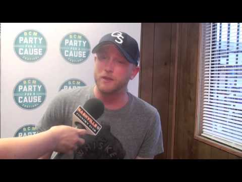 Cole Swindell kicks of ACM Party for a Cause