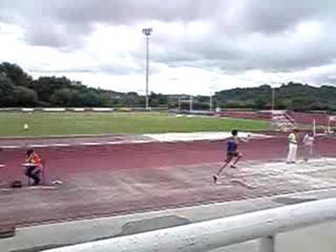 triple salto - cámara lenta