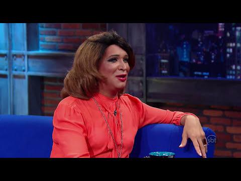 The Noite 02/06/14 (parte 1) - Entrevista com Marcos Lord, o pastor drag queen
