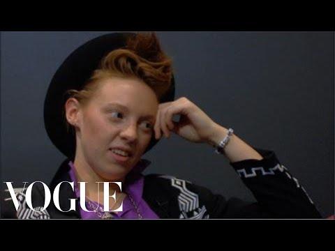 Download  Style Interviews La Roux's Elly Jackson Gratis, download lagu terbaru