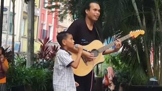 Meremang bulu roma bila adik dari terengganu nyanyi lagu iklim
