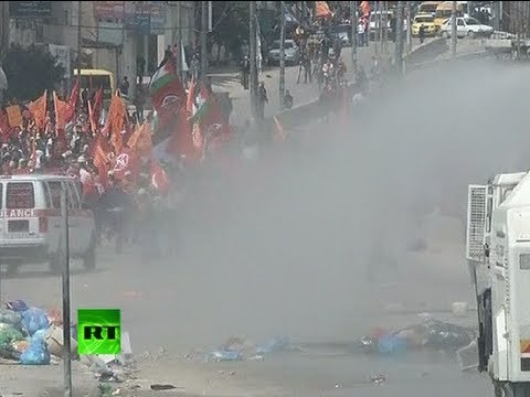 Video: Israeli police water-cannon, tear-gas Palestinians on Land Day