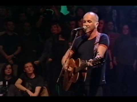 Thumbnail of video The Go-Betweens - Going Blind live on UK TV in 2000AD