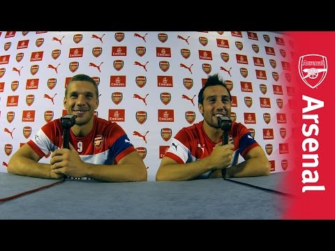 Arsenal players commentate on their own game