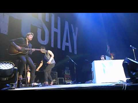 "Dan + Shay ""Just The Way You Are"""