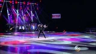 Lou Gramm (Foreigner) I Want To Know What Love Is Unforgettable Holiday Moments on Ice 2014 12 14