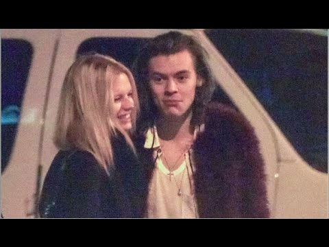 Harry Styles Caught Giving Nadine Leopold Birthday Gift! (NEW COUPLE?!)