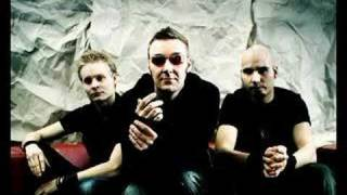 Watch Poets Of The Fall Clevermind video