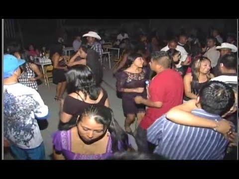 Los Rayos de Oaxaca,grandes bailes en San Agustin Atenango.