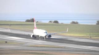 (FULL HD) Turkish Airlines B737-9F2(WL) Landing and Takeoff (TZX)