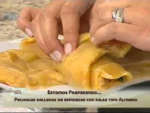 Receta para preparar Pechugas Rellenas de Espinaca con Salsa Tipo Alfredo