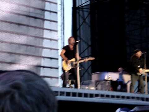 Bruce Springsteen-Badlands (5/15/09 Hershey Park)