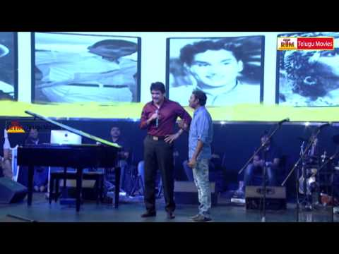 Nagarjuna Singing Chinni Chinni Song || Manam Sangeetam video