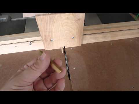 Box joint jig for the table saw sled