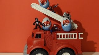 SPIDERMAN Kinder Surprise On FIRE TRUCK Eggs Surprise