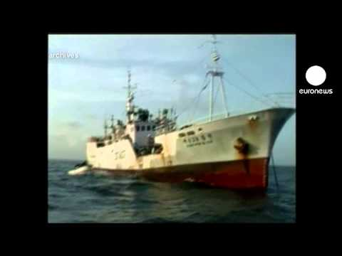Pirates hijack Italian oil tanker