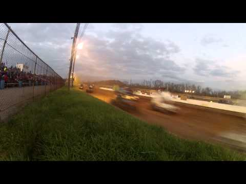 Susquehanna Speedway Park 410 and 358 Sprint Car Highlights 11-15-14