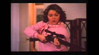 JULIE DARLING (1983) - Trailer ( Pelicula Online )
