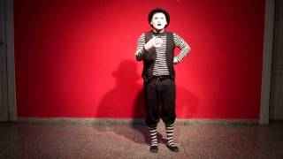 One day with Pippo, the mime. Act 1 Visits in the breakfast