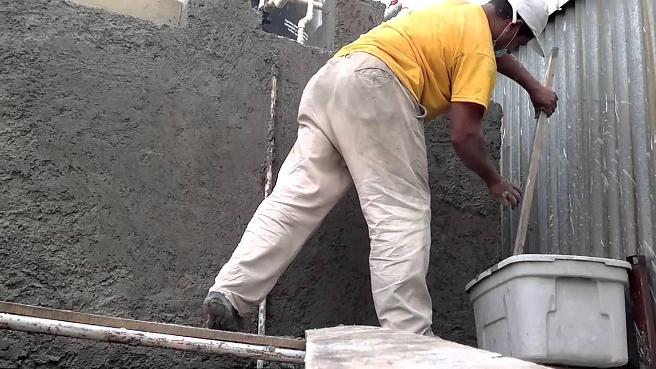Aplanado rustico exterior youtube - Aplicacion de microcemento en paredes ...