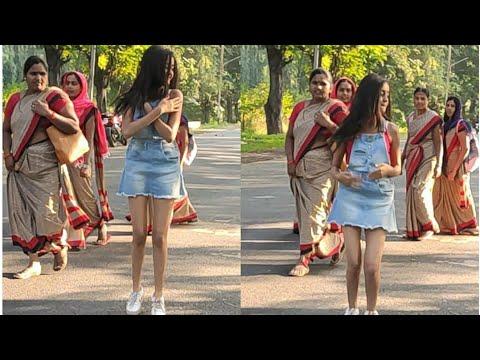OMG!! Dancing in Public on road Prank Gone wrong Bakchodi ki hadh par BindassKAVYA Vlog