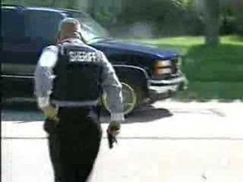 SWAT open fire on fleeing drug dealer Music Videos