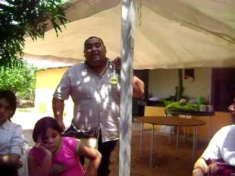 Contrapunteo de Leonard Reina( Montoyita) con Angel Parra