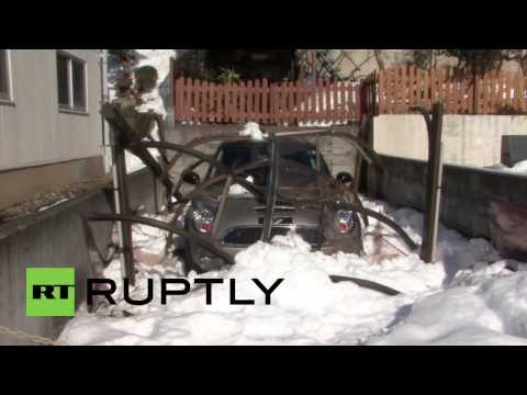 Japan: Twelve dead as heavy snowfall causes calamity