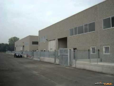 Torlino Vimercati: Capannone Open space in Vendita