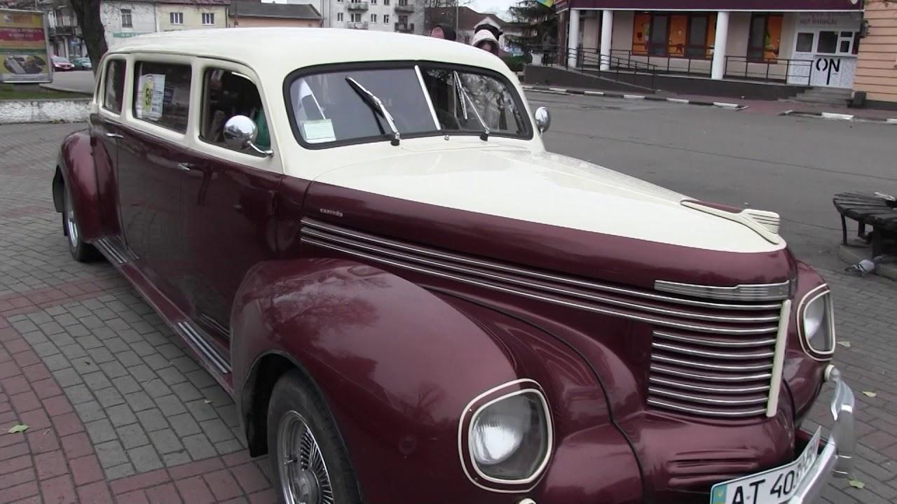 """""""Відроджені мотори"""" презентували у Калуші автівки 1938 і 1943 років"""