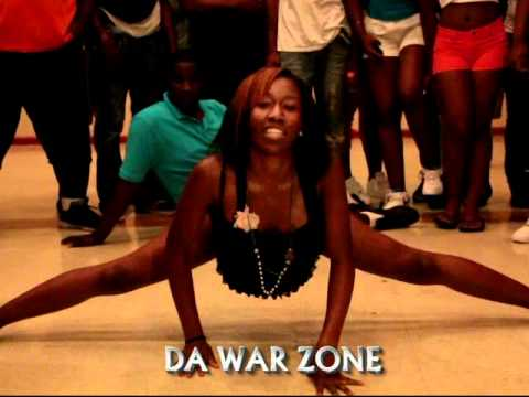 TWERKING! YOU AINT ABOUT THAT LIFE ( WALA CAM ) DA WAR ZONE