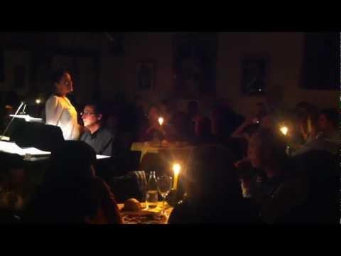 Restaurante cantantes de ópera y zarzuela 7-12-12 Dúo flores Lakme.MOV