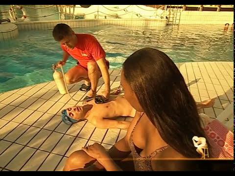 Faut il plonger dans une piscine quand on ne sait pas - Nager dans une piscine ...